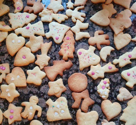 Kreativ und achtsam mit Kindern im Advent
